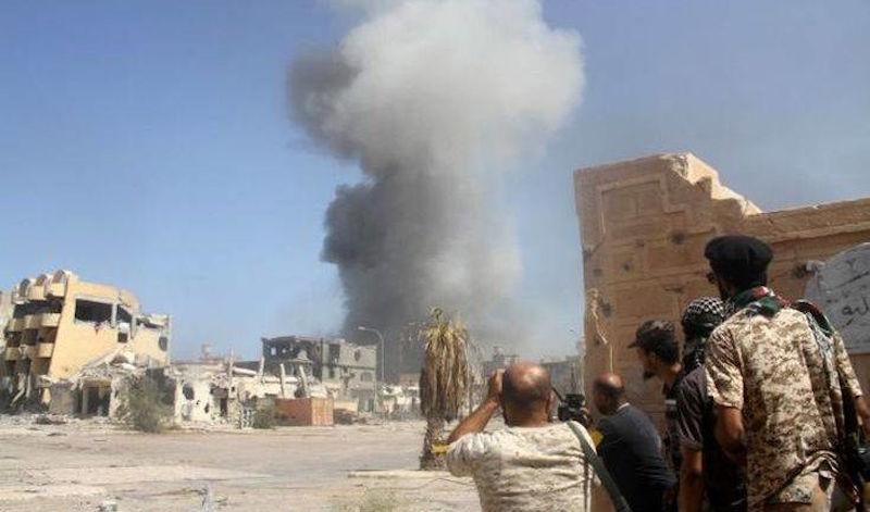 Λιβύη: Δύο άμαχοι νεκροί και 20 τραυματίες σε αεροπορικό βομβαρδισμό