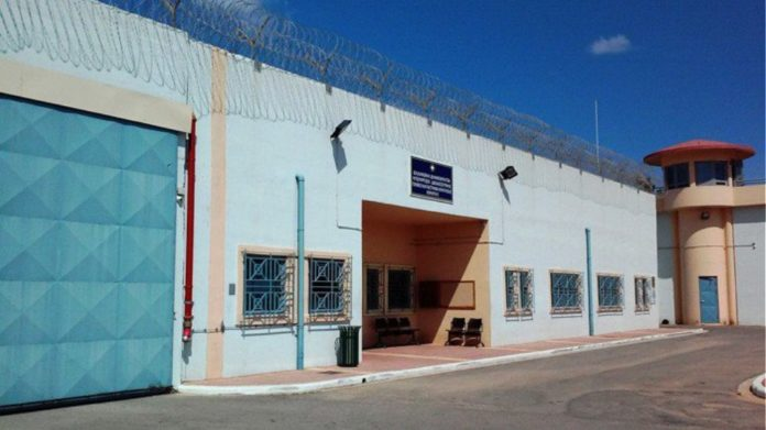 Συναγερμός στην αστυνομία στα Χανιά: Νεκρός άνδρας στις φυλακές της Αγιάς