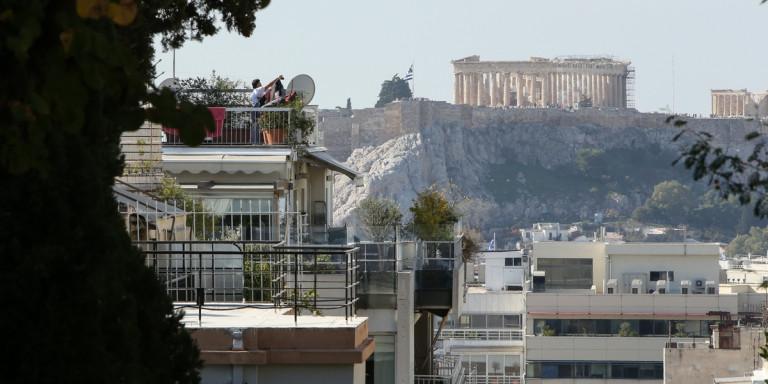 Δικαστικός «πόλεμος» για τα Airbnb: Το Πρωτοδικείο Αθηνών απέρριψε αγωγή ενοίκων πολυκατοικίας κατά ιδιοκτήτη