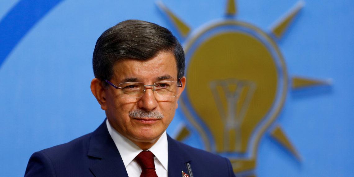 Νταβούτογλου απέναντι σε Ερντογάν: Ιδρύει το νέο «Κόμμα του Μέλλοντος»