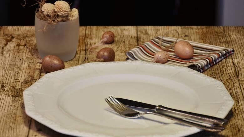 Έρευνα: Η πολύωρη αποχή από το φαγητό κάνει καλό στη μακροζωία