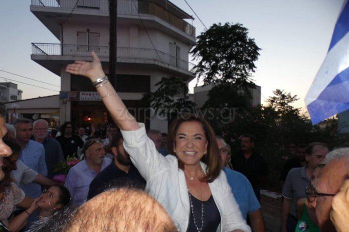 Οι Έλληνες επιβραβεύουν την Ντόρα: Την θέλουν Πρόεδρο της Δημοκρατίας