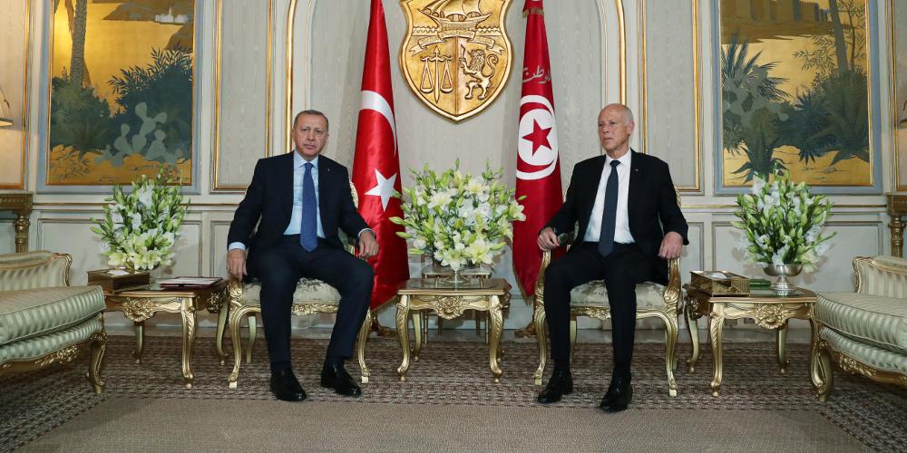 Προκαλεί ο Ερντογάν από Τυνησία: Τι δουλειά έχει η Ελλάδα με τη Λιβύη;