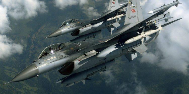 Παραβιάσεις και εμπλοκές από τουρκικά μαχητικά πάνω από το Αιγαίο