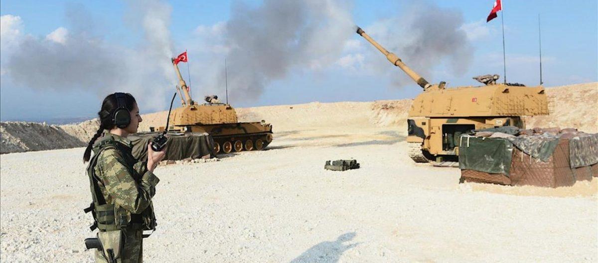ΕΚΤΑΚΤΟ: Σφοδρός βομβαρδισμός θέσεων του συριακού Στρατού από το τουρκικό πυροβολικό βόρεια της Ράκα