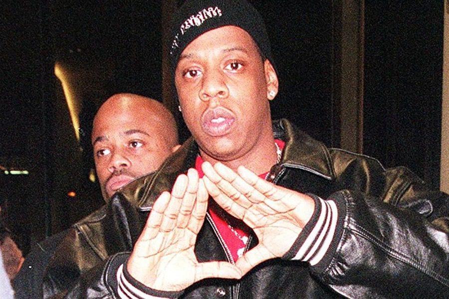 Διασημότητες που ανήκουν στους… Illuminati