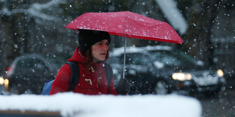 Καιρός: Βροχές, καταιγίδες και χιόνια την Παρασκευή