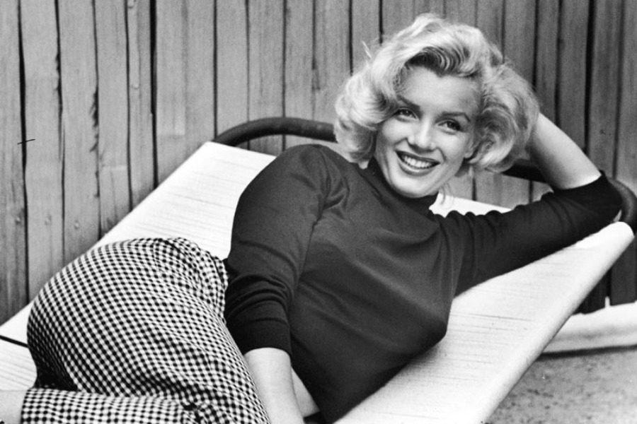 Οι σπάνιες γuμνές φωτογραφίες της Marilyn Monroe