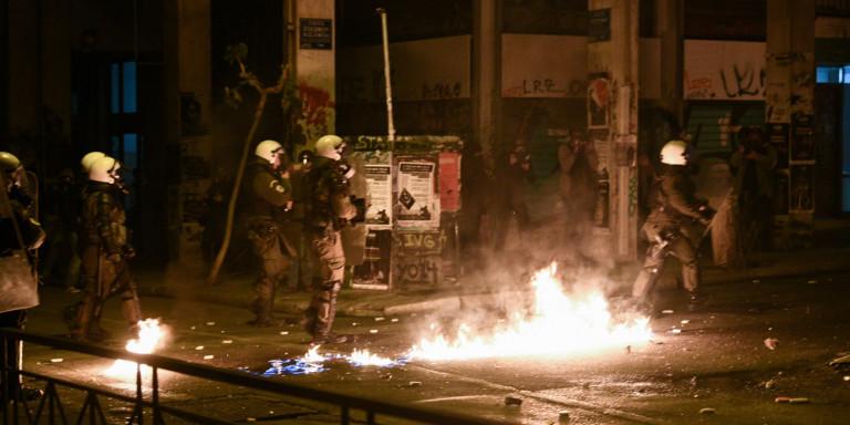 Επέτειος δολοφονίας Γρηγορόπουλου: 19 συλλήψεις σε Αθήνα, Πάτρα, Θεσσαλονίκη