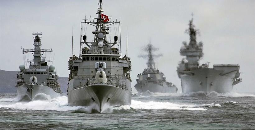 «Στην κόψη του ξυραφιού» οι σχέσεις Ελλάδας – Τουρκίας : Εντείνουν τις προκλήσεις οι γείτονες