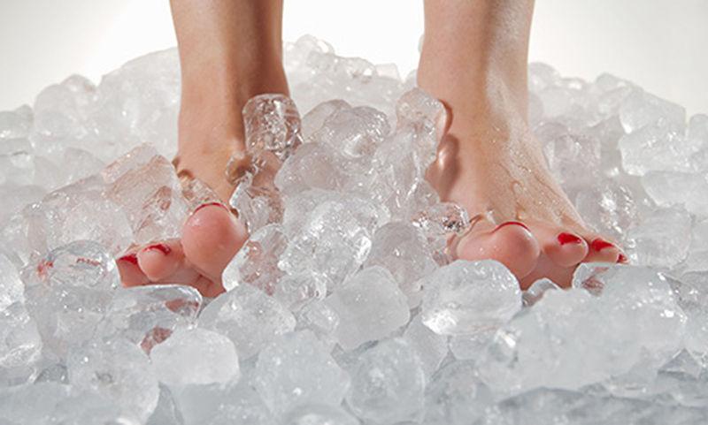Πρησμένα πόδια: 9 σοβαρές αιτίες μέσα από φωτογραφίες