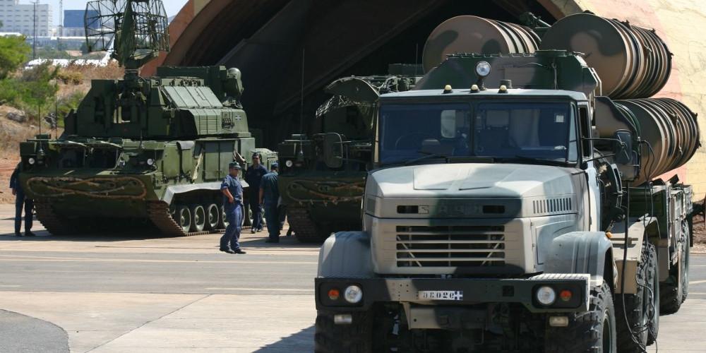 «Ο ελληνικός στρατός ενεργοποίησε το σύστημα S-300 στην Κρήτη», υποστηρίζει η Yeni Safak