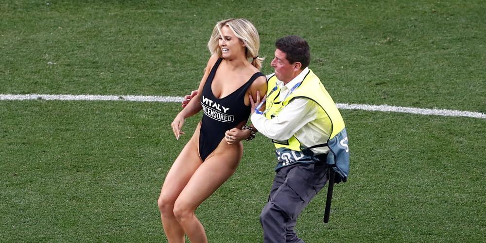 Χώρισε η Κίνσι Βολάνσκι – Η σέξι εισβολέας του τελικού του Champions League [εικόνες]