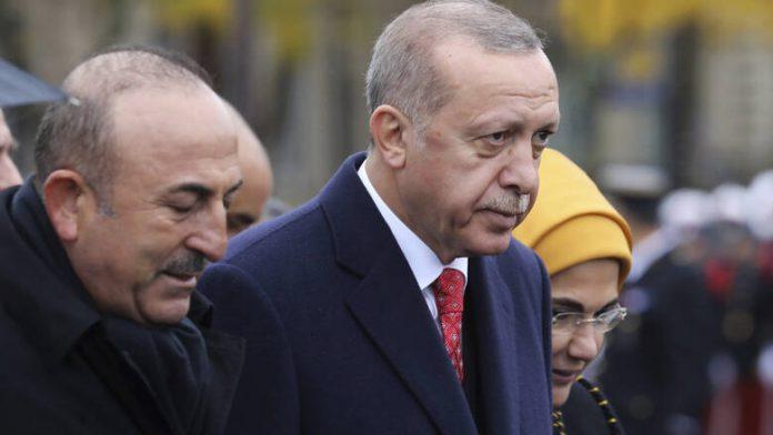 Απειλές Ερντογάν για τις βάσεις σε Ιντσιρλικ και Κιούρετσικ