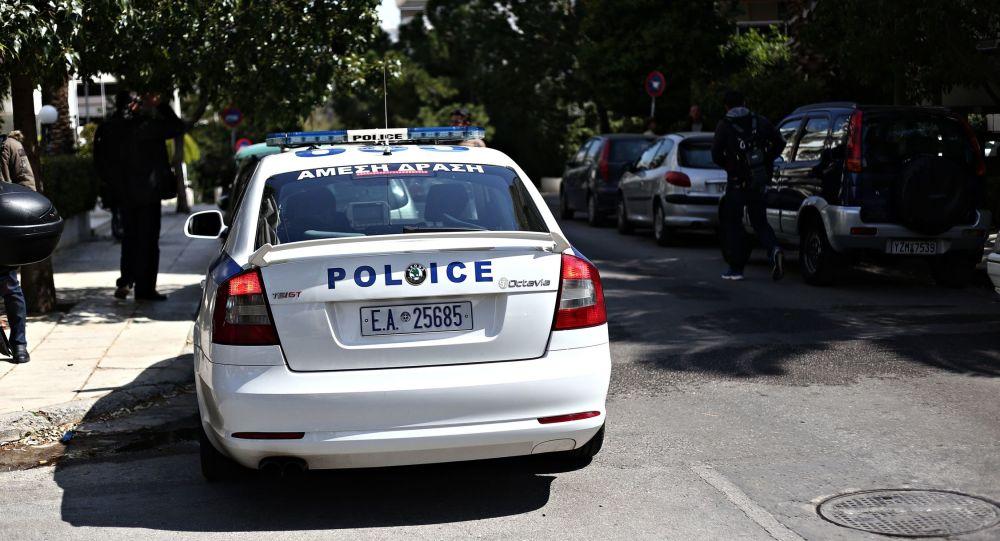 Παρουσιάστηκε στις αρχές ο αστυνομικός που χτύπησε ανήλικο στο Μενίδι