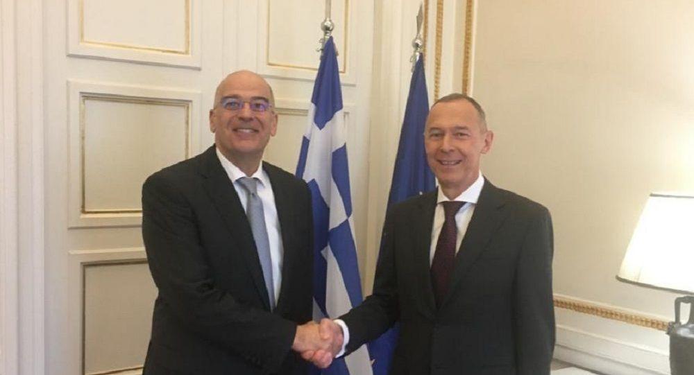 Στο ελληνικό ΥΠΕΞ ο Ρώσος πρέσβης: Συνάντηση με τον Νίκο Δένδια