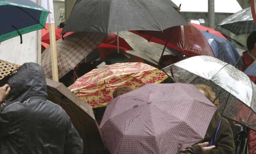 Kαιρός: Αλλαγή σκηνικού με βροχές και καταιγίδες από το βράδυ Κυριακής