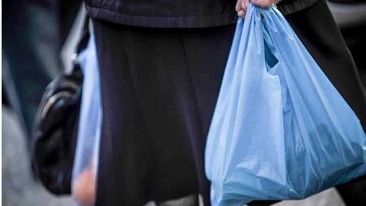 """Πλαστικές σακούλες: Έρχεται νέο """"χαράτσι"""" – Για ποιες θα πληρώνουμε"""