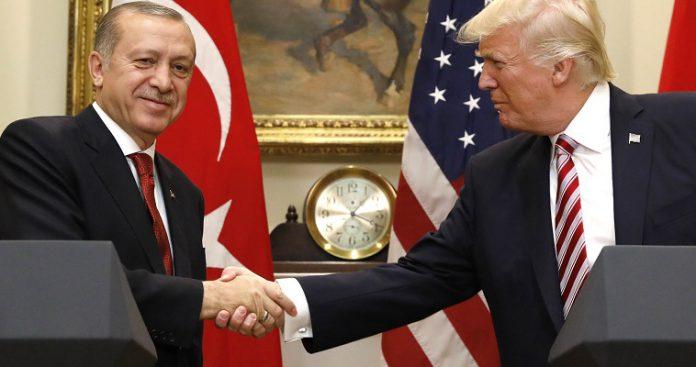 """""""Φτύνει"""" τον Τραμπ ο Ερντογάν... Απαράδεκτο το σχέδιο για το Μεσανατολικό"""