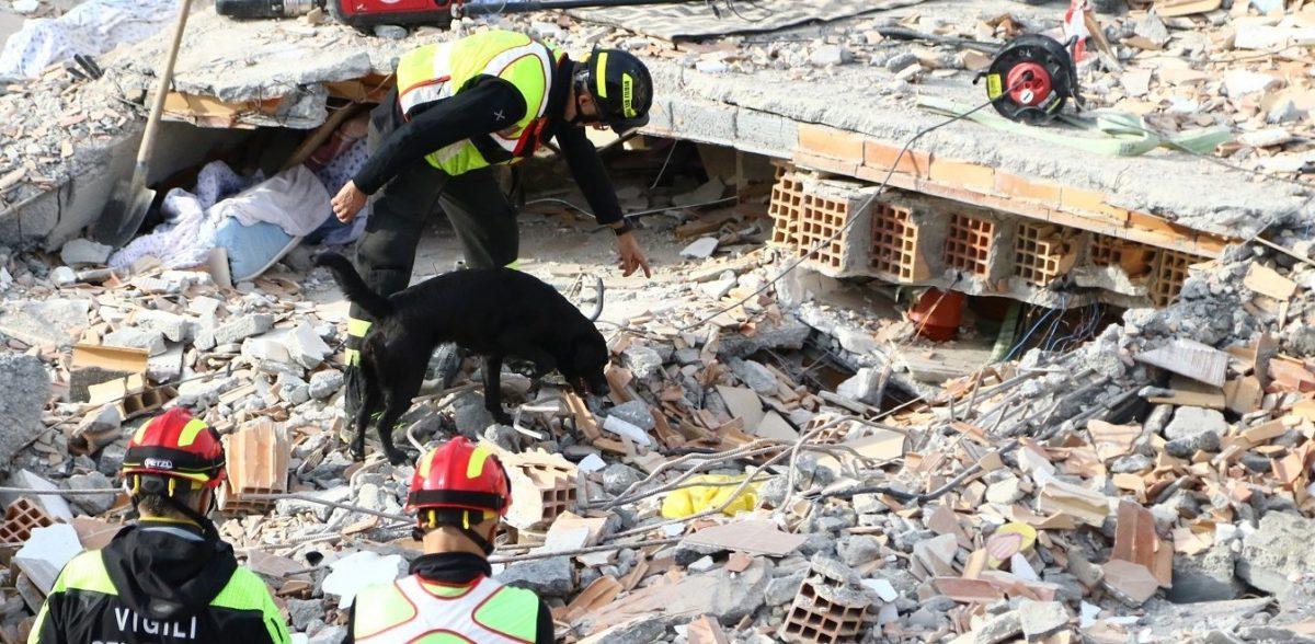 Τουρκία: Σταματούν και επισήμως οι έρευνες διάσωσης – 41 νεκροί