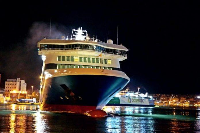 Κρήτη: Γύρισε πίσω το πλοίο για επιβάτη που υπέστη εγκεφαλικό – Toν έσωσε αθλητής-φοιτητής Ιατρικής