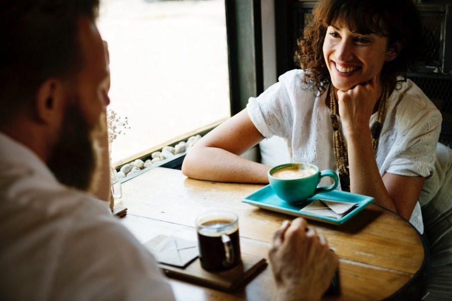 Η ερώτηση που δεν πρέπει να κάνεις ποτέ στο πρώτο ραντεβού
