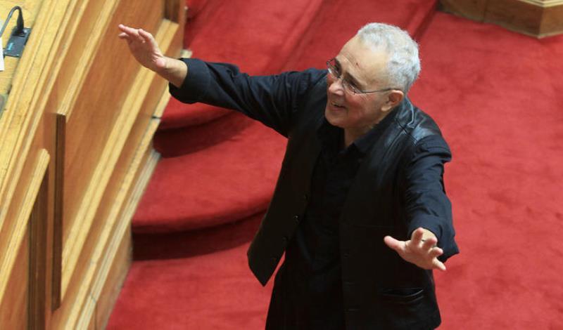 Απίστευτος Ζουράρις : Αν δεν μου ζητούσε συγγνώμη ο Μητσοτάκης…και εμένα να πρότεινε δεν θα με ψήφιζα
