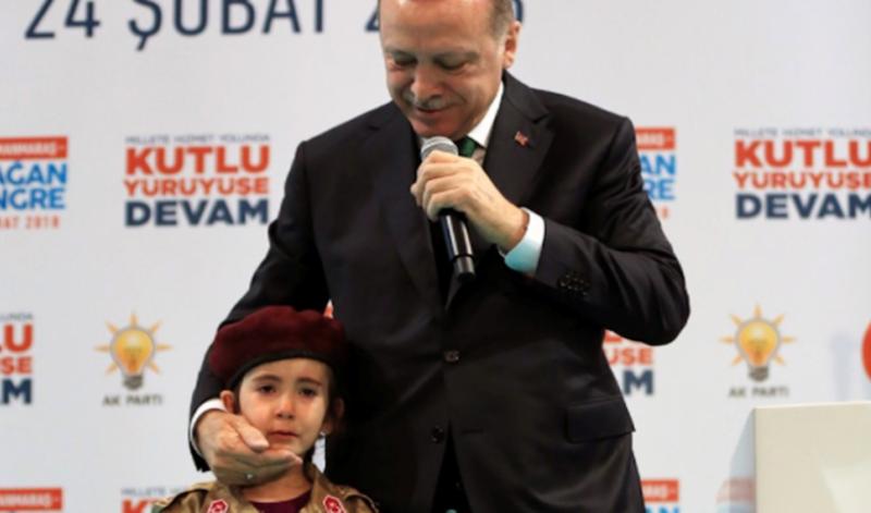 Νόμο-σοκ φέρνει ο Ερντογάν: Άντρες που κάνουν σεξ με ανήλικη δεν θα μπαίνουν φυλακή αν την παντρευτούν