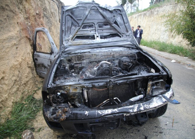 Κρήτη: Στις φλόγες τυλίχθηκε το ΙΧ αγροτικό