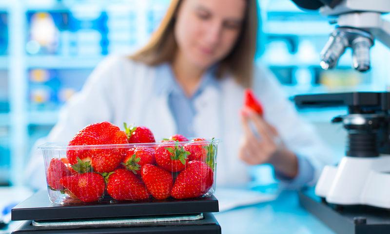 Τα 12 φρούτα και λαχανικά με τα περισσότερα φυτοφάρμακα (εικόνες)