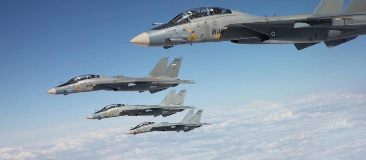 Κλιμάκωση: Το Ιράν αναπτύσσει τα F-14 στα σύνορα – Ιρανικοί πύραυλοι στοχοποιούν αμερικανικές βάσεις