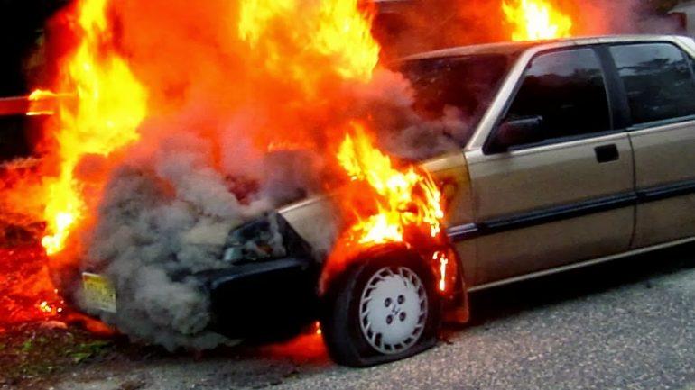 Κρήτη: Αυτοκίνητο στις φλόγες