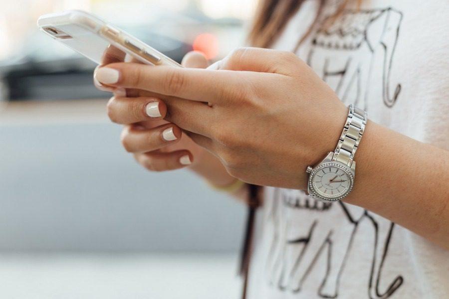 Τα κινητά έχουν σχεδόν καταστρέψει μια βιομηχανία εκατομμυρίων