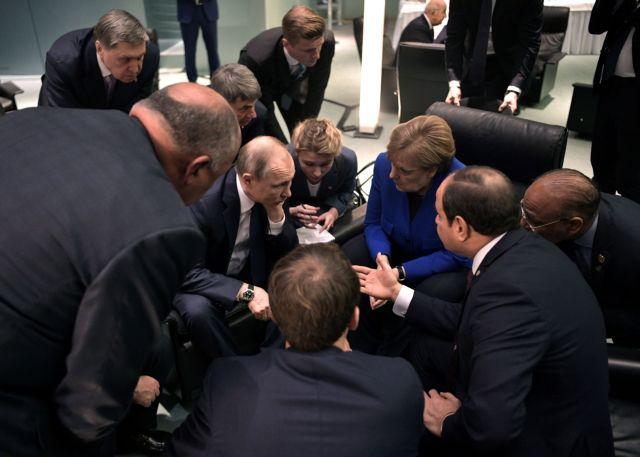 Η επόμενη μέρα στη Λιβύη : Οι συμμαχίες και τα παζάρια των ισχυρών