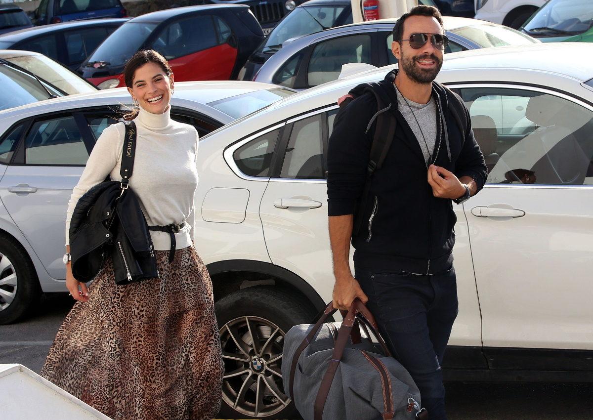 Χριστίνα Μπόμπα – Σάκης Τανιμανίδης: Χειμερινή απόδραση στην Αράχοβα μαζί με φίλους! [pics,video]