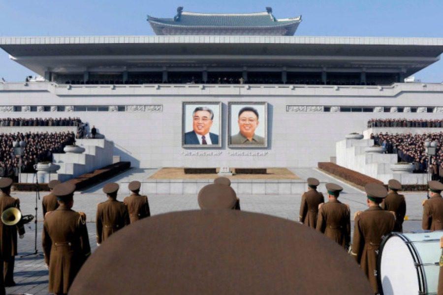 Βόρεια Κορέα: Μάνα κινδυνεύει με φυλακή επειδή έσωσε τα παιδιά της από τη φωτιά