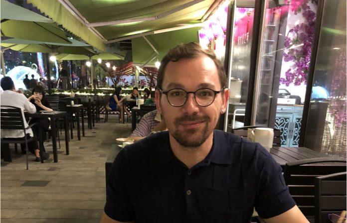 Χρήστος Στεφανουδάκης: Ο Κρητικός που πήγε για διακοπές στη Σανγκάη, έγινε μόνιμος κάτοικος και είναι designer στα Ikea | Photos