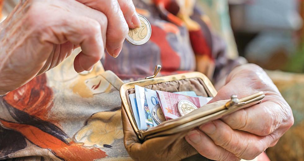 «Ληστεία» 300 εκατομμυρίων ευρώ σε συνταξιούχους