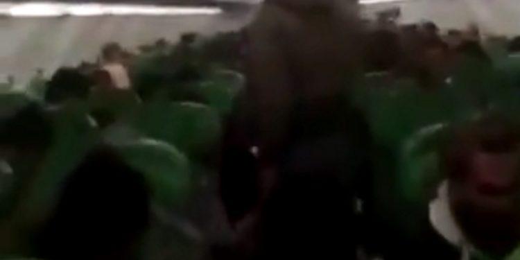 Οι μισθοφόροι της Τουρκίας στην πτήση για τη Λιβύη! [vid]