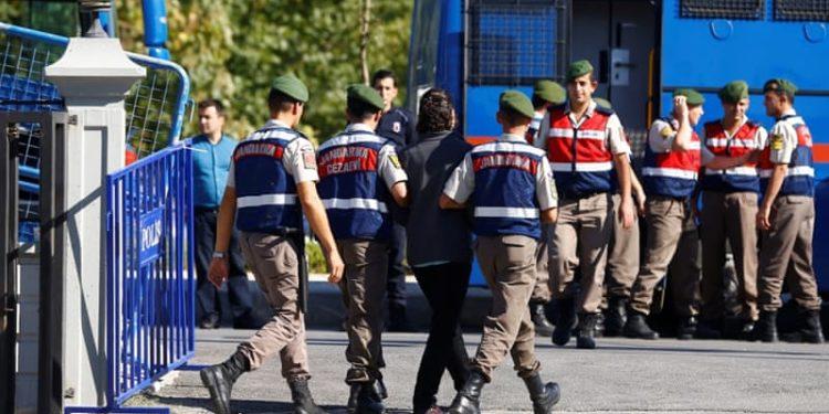 Τουρκία: Συλλήψεις 176 στρατιωτικών – Ανάμεσά τους και 6 πιλότοι F16!
