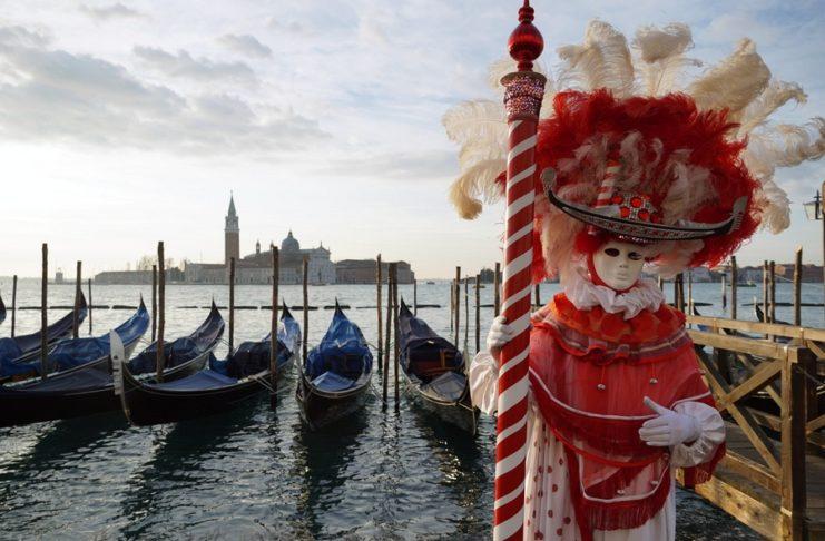 Κορονοϊός: Ακυρώνεται το καρναβάλι της Βενετίας – 133 κρούσματα στη χώρα (video)