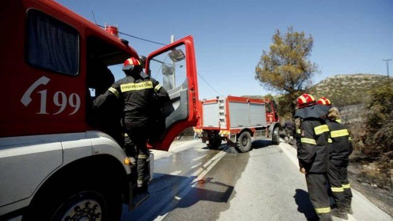 Σφοδρή σύγκρουση οχημάτων στην Παντάνασσα - Επιχείρηση για τον απεγκλωβισμού ενός ατόμου
