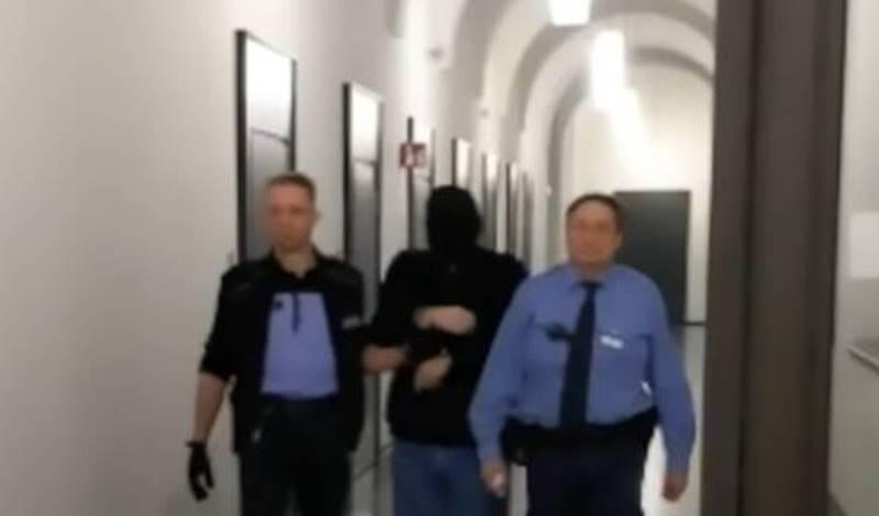 Έριξε μπετόν στον λαιμό των παιδιών του – Τα δολοφόνησε για να εκδικηθεί την γυναικά του