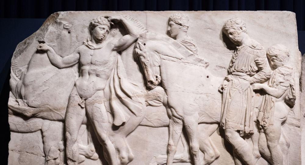 Οργή στο Λονδίνο για τα Γλυπτά του Παρθενώνα: «Είναι οικουμενικά και υπερβαίνουν τα σύνορα»