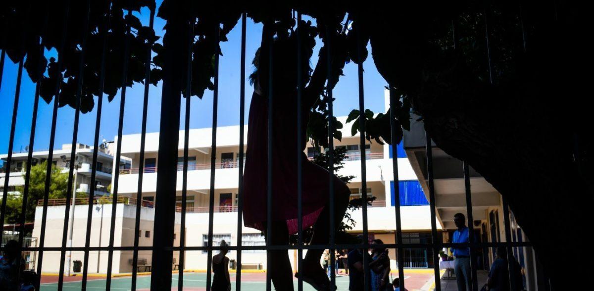 Ξυλοδαρμός 17χρονου στον Βύρωνα: Απείλησαν τη δημοσιογράφο που αποκάλυψε το περιστατικό