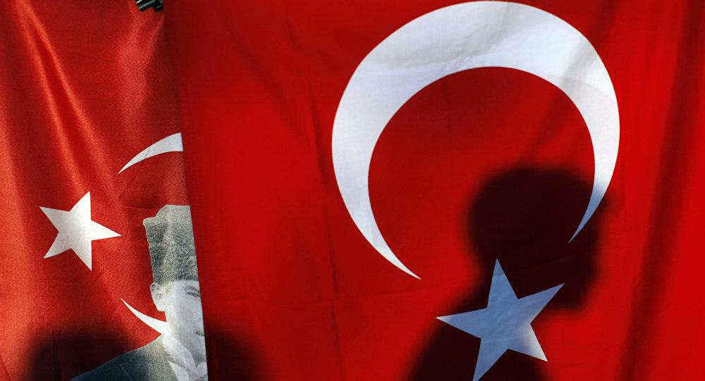 Γεωστρατηγικός αναλυτής στο Sputnik: Ξεκινάμε από λάθος βάση τον διάλογο για τα ΜΟΕ με Τουρκία