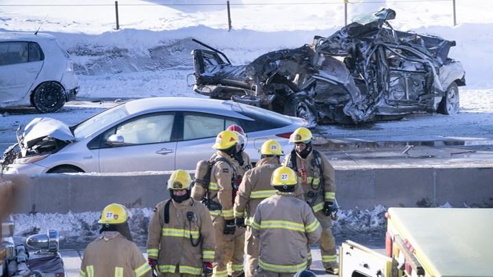 Τρομακτική καραμπόλα 200 οχημάτων στον Καναδά – Δύο νεκροί και δεκάδες τραυματίες – ΦΩΤΟ – ΒΙΝΤΕΟ