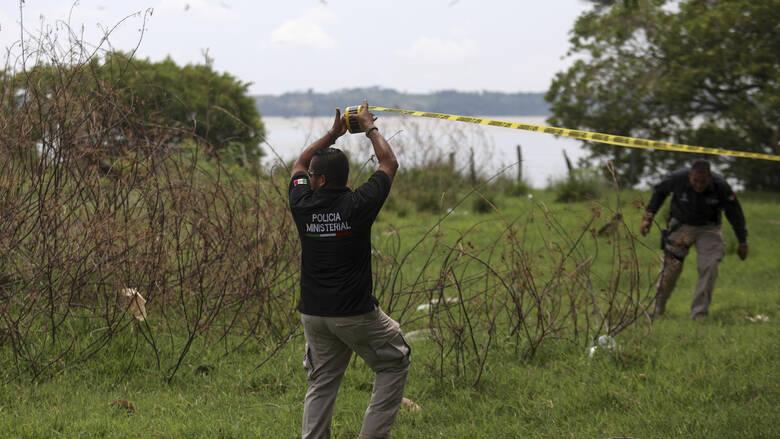 Μεξικό: Δεκάδες σοροί ανασύρθηκαν από τον ομαδικό τάφο στη Μιτσοακάν