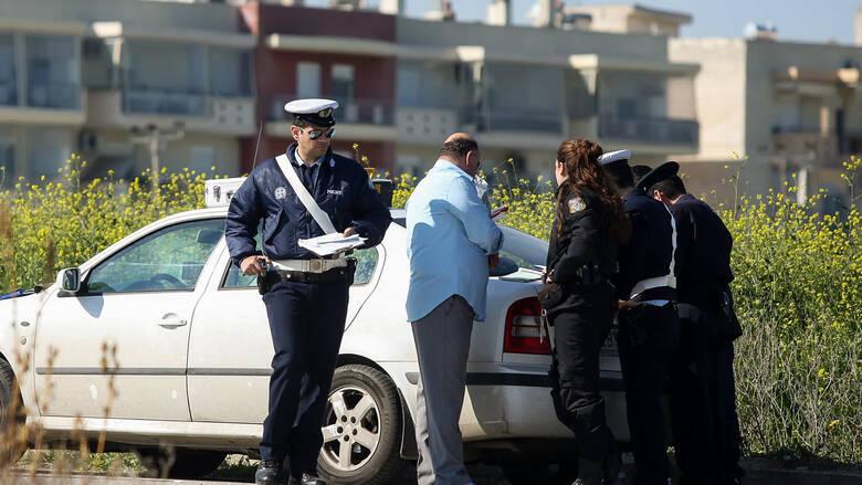 Νόμιμες οι κλήσεις στα παρμπρίζ – Προσφυγή οδηγού που είχε… 88 για παράνομη στάθμευση