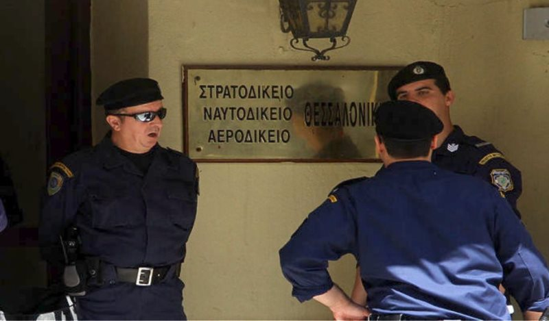 Θεσσαλονίκη: Στο εδώλιο του Στρατοδικείου ο γόνος εύπορης οικογένειας για τον φόνο του μπάτλερ